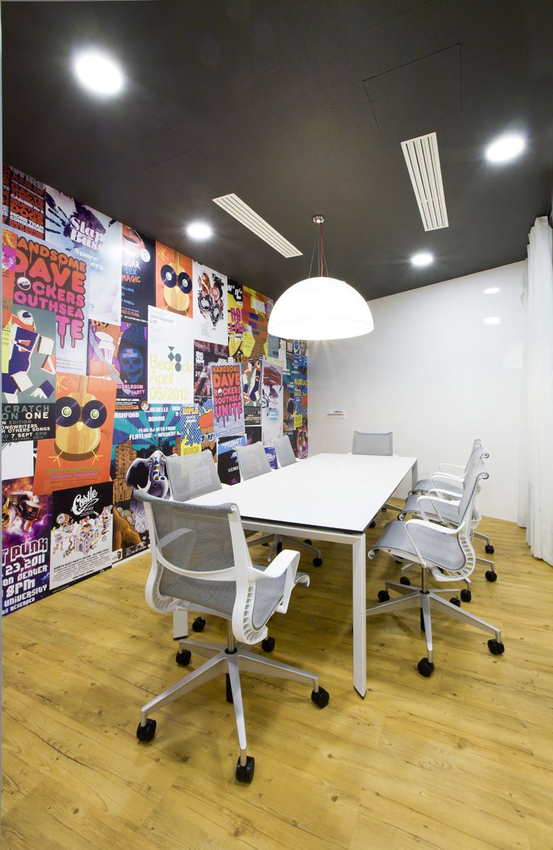 office tour badoo moscow by za bor architects startup office rh pinterest com
