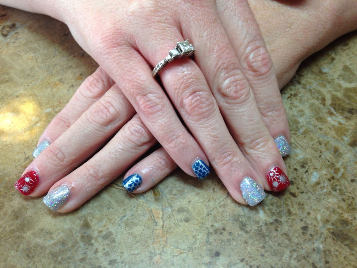 Fun Fourth of July nails