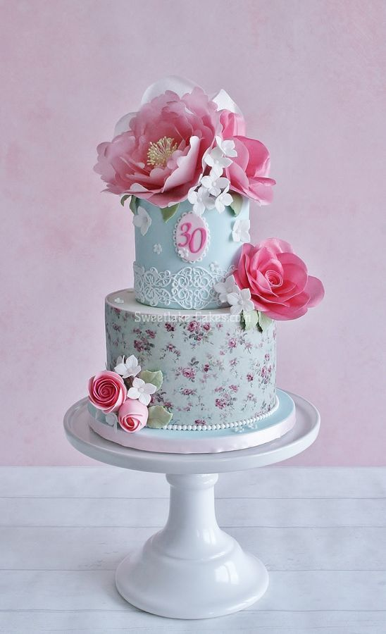 i made a shabby chic cake with wafer paper flowers for a friend of rh pinterest com