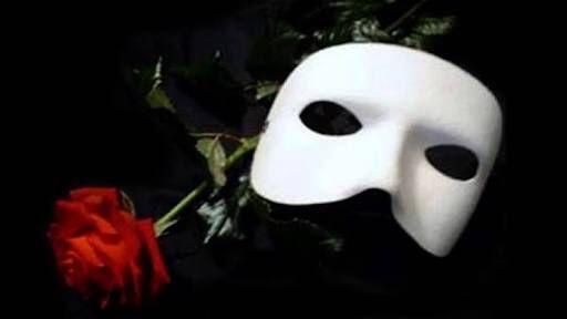 Max Isabel Y Salma El Fantasma De La ópera El Fantasma De La Opera Imágenes De La Película Rosas Y Espinas