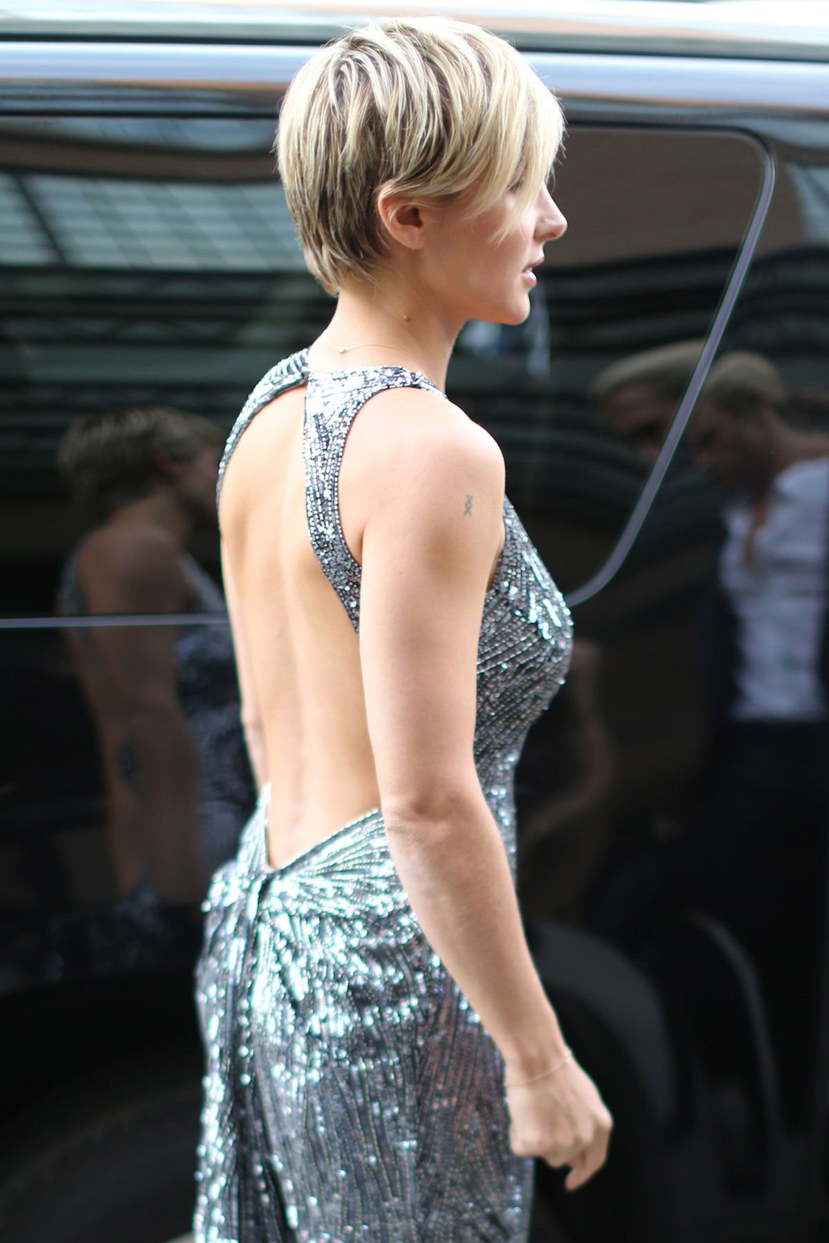 Elsa Pataky Leaving Her Hotel in New York April 2013