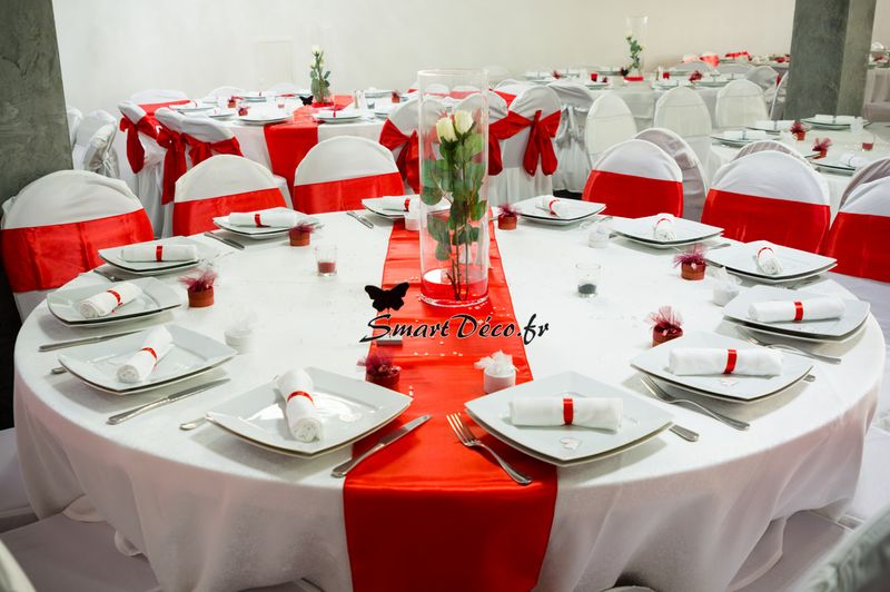charmant decoration table mariage rouge et blanc 12. Black Bedroom Furniture Sets. Home Design Ideas