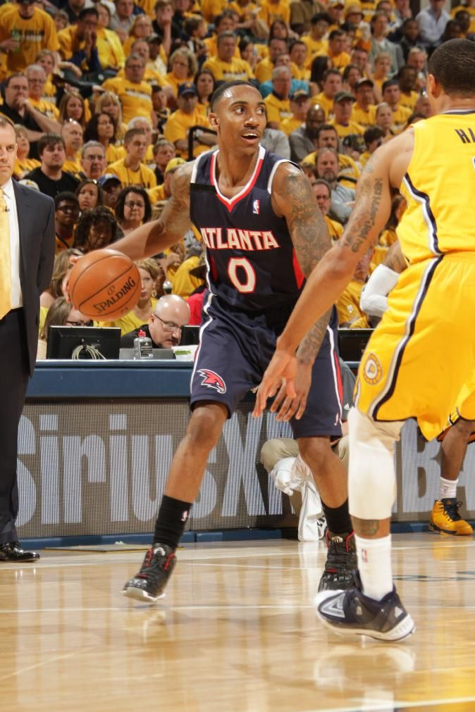INDIANAPOLIS - APRIL Jeff Teague of the Atlanta Hawks looks to pass the  ball against the Indiana Pacers in the East Conference Quarter Finals at  Bankers ... ddb453000