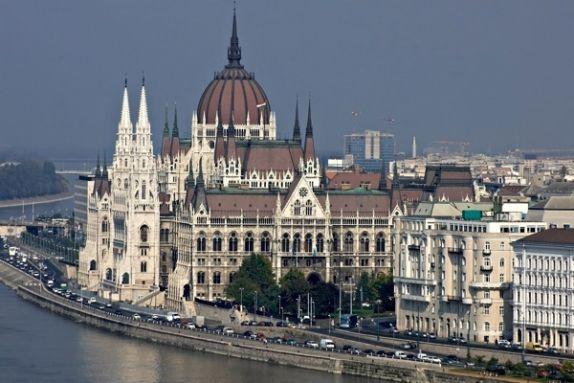 Girls budapest Budapest Girl