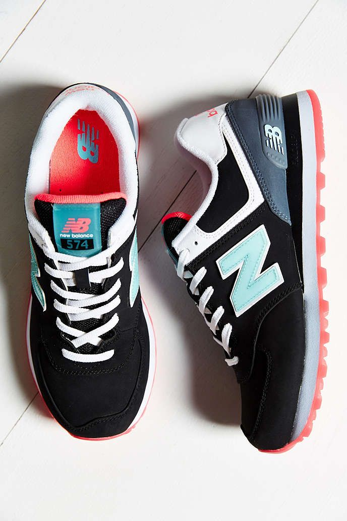 newest ec008 c7afb New Balance 574 Glacial Running Shoe - Urban Outfitters Chaussure Nike  Femme, Chaussure New Balance