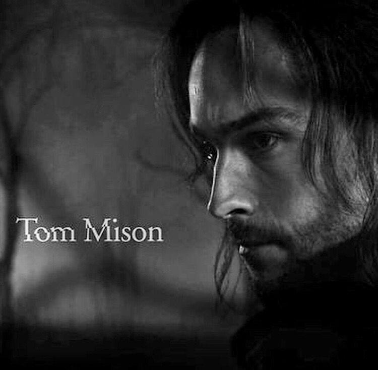 Tom Mison Sleepy Hollow - Fox Network Returns Friday February 5, 2016 #SleepyHollow