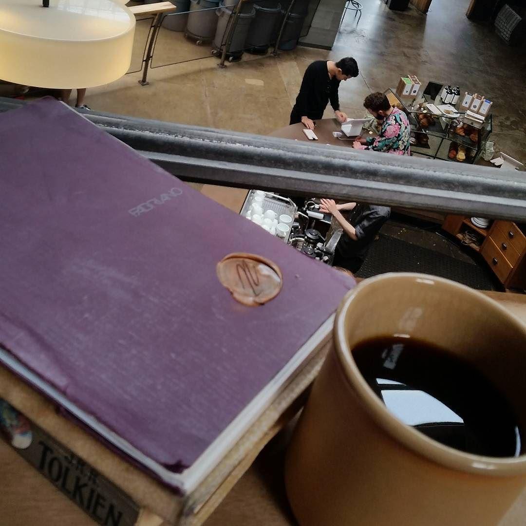 Good day San Francisco! #coffee #rwanda #hario #letters #books #spendingthedayinacoffeeshop http://ift.tt/20b7VYo