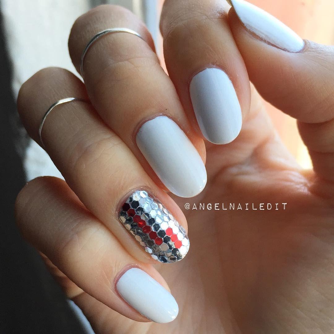 Glitter accent nail + all white nails