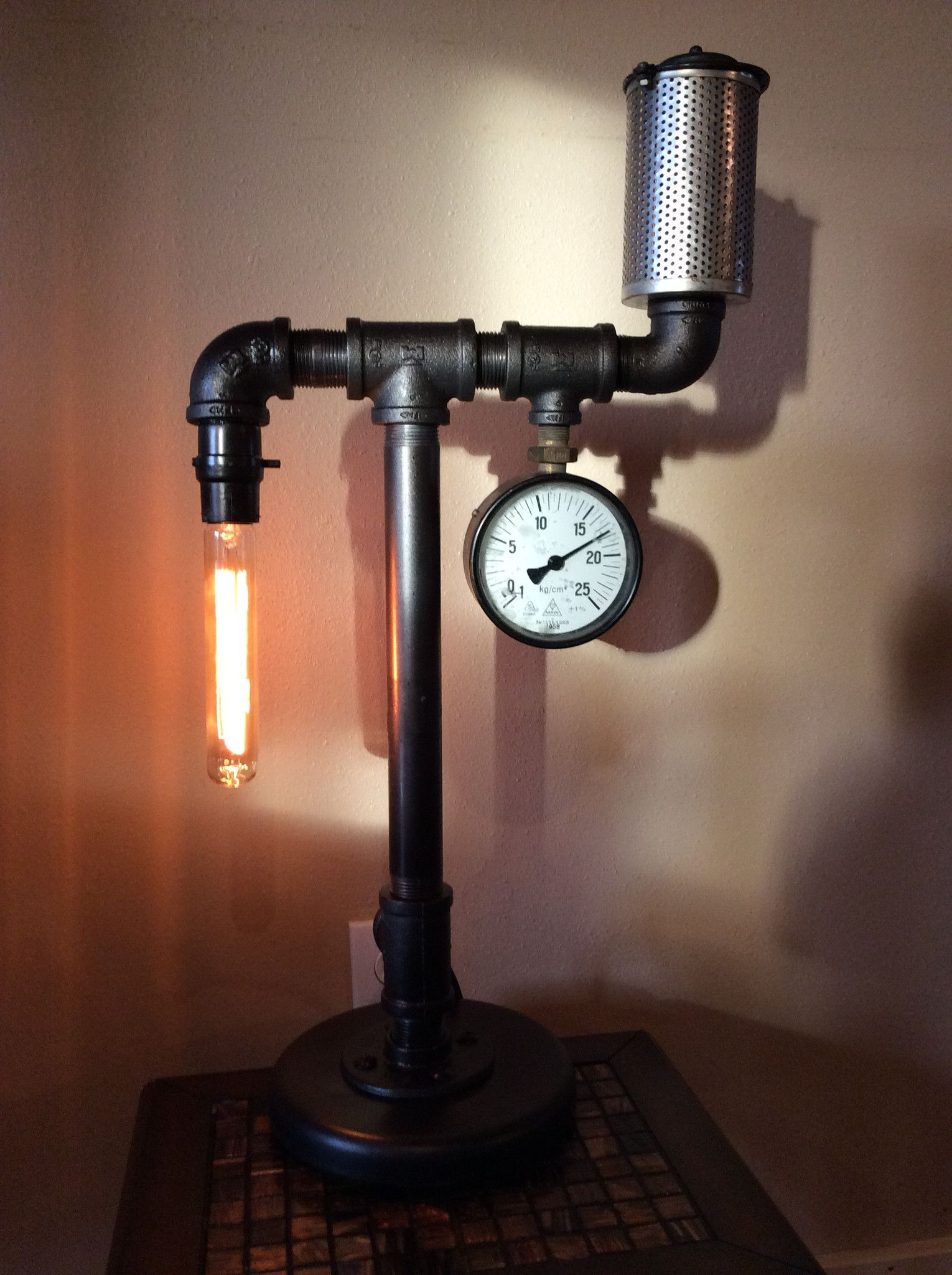 Home Collection Industrial Pipe Lamp