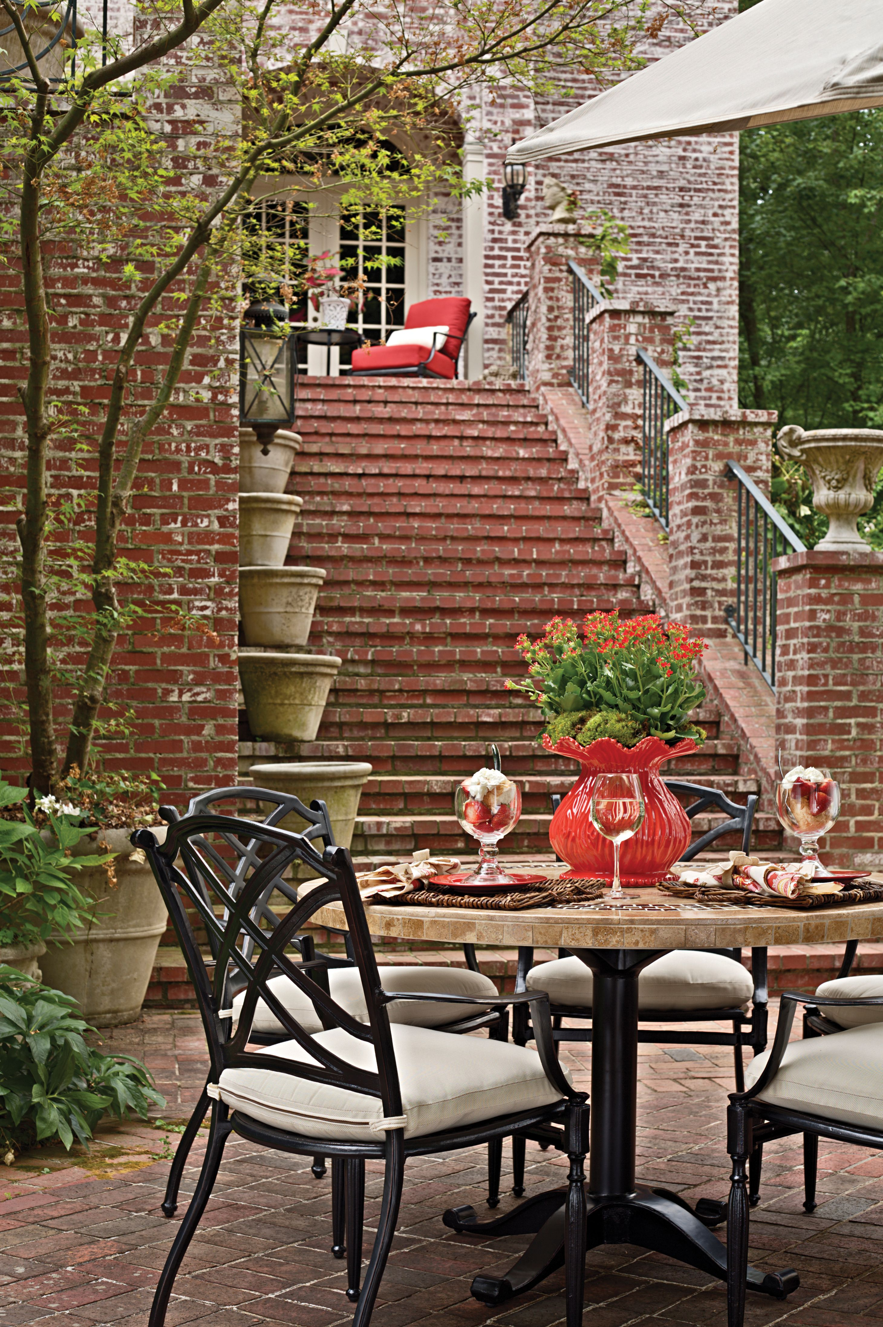 Beautifully Decorated Tablescape Patio