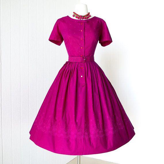 Pastel pink floral embroidered short sleeve full skirt dress 1950s vintage dress Small 50s dress
