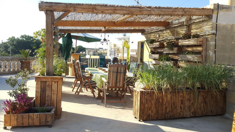 rooftop garden: pergola side view | Garden | Pinterest | Rooftop ...