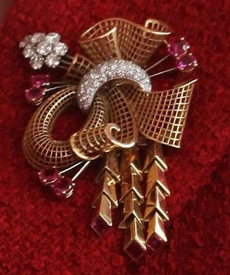 Image result for gold brooch queen elizabeth