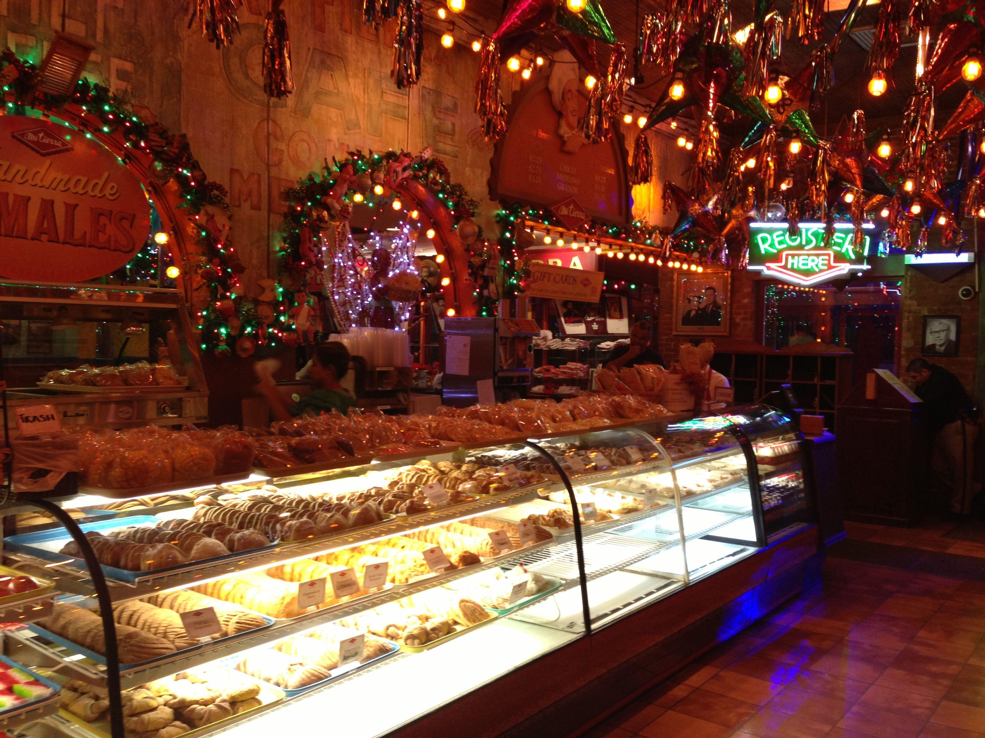 Mi Tierra Cafe In San Antonio Texas We Had Breakfast