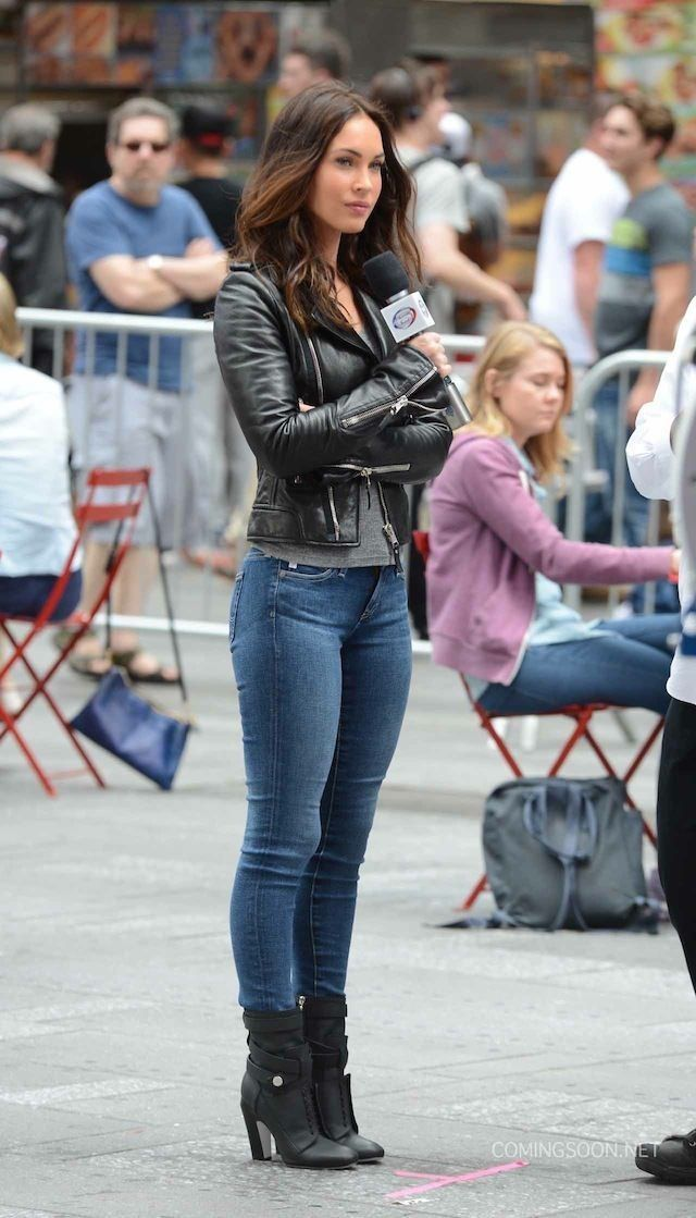 Megan Fox In A Cute Outfit Leather Jacket Jeans Black