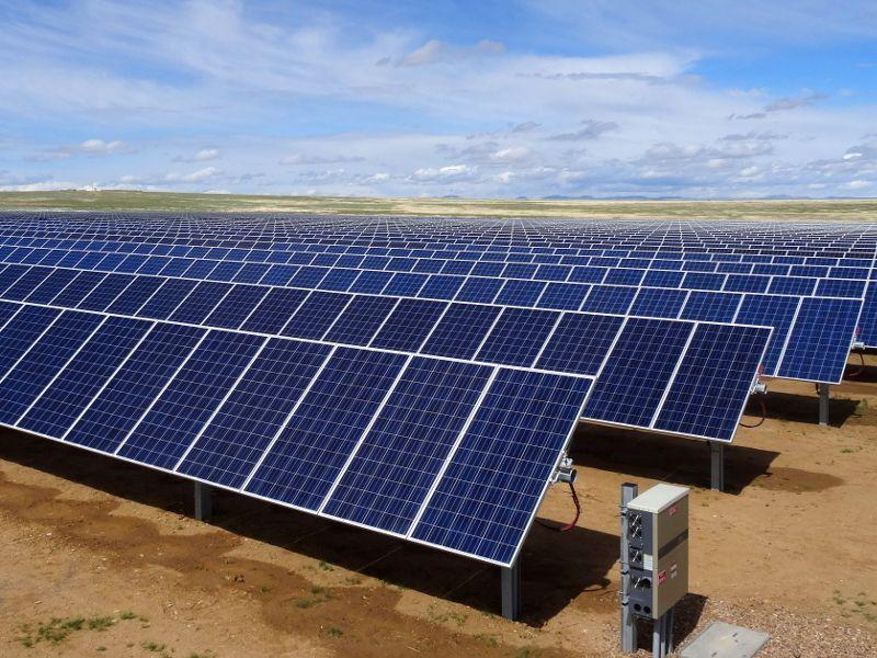 Duratrack Hz V3 Solar Tracker Array Technologies Inc Solar Tracker Solar Solar Panels