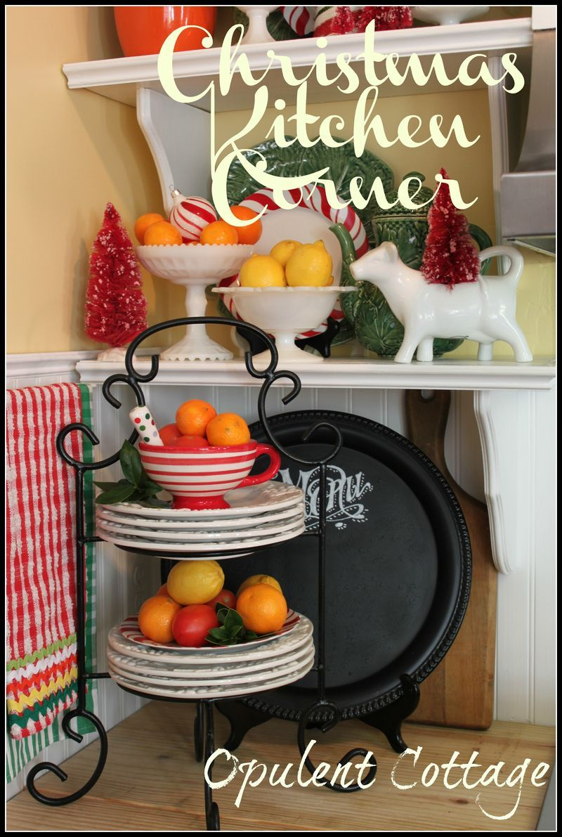 Hometalk diy christmas window decoration - It S Citrus Christmas In This Cottage Kitchen