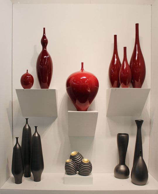 Justin Teilhets Dynamic And Minimalistic Porcelain Porcelain Red