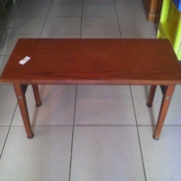 tauleta-fusta-68x30x38 10 euros