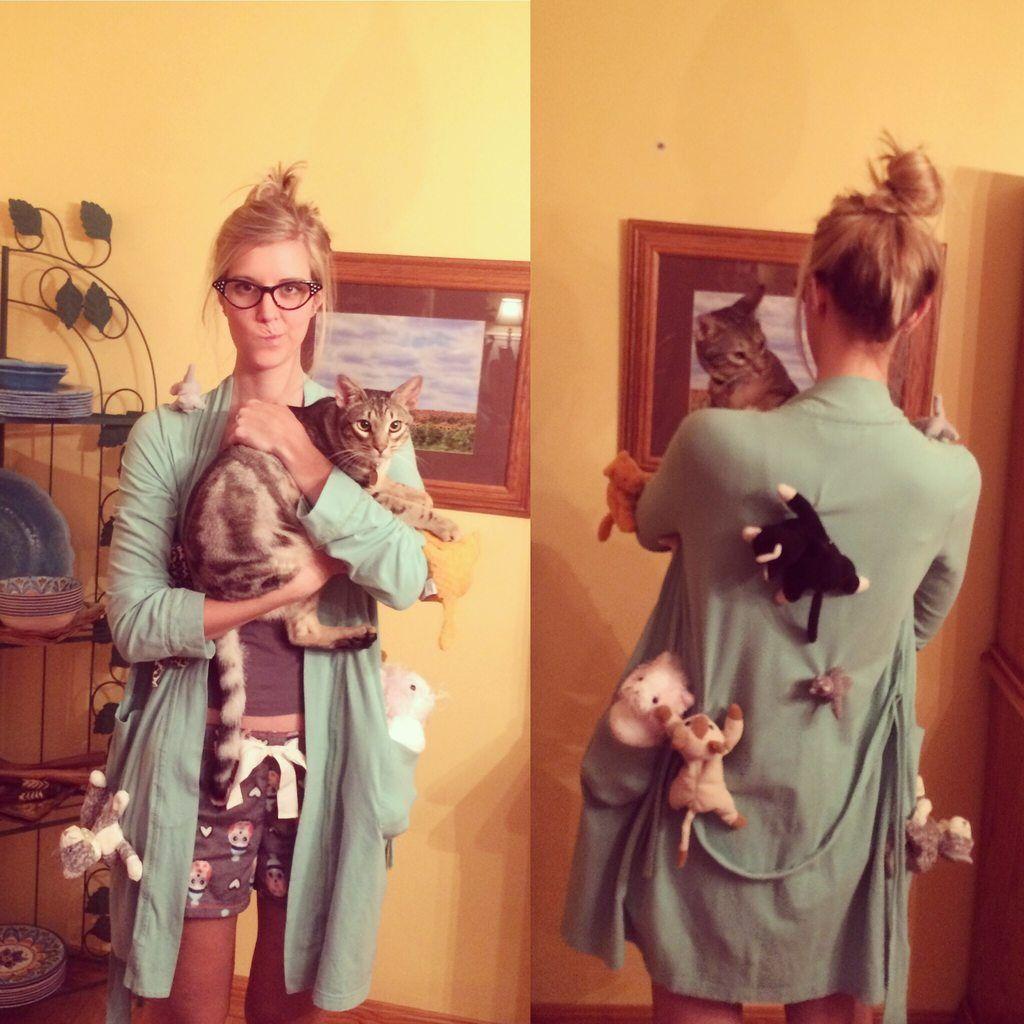 Reddit Pics Cute halloween costumes, Crazy cat lady