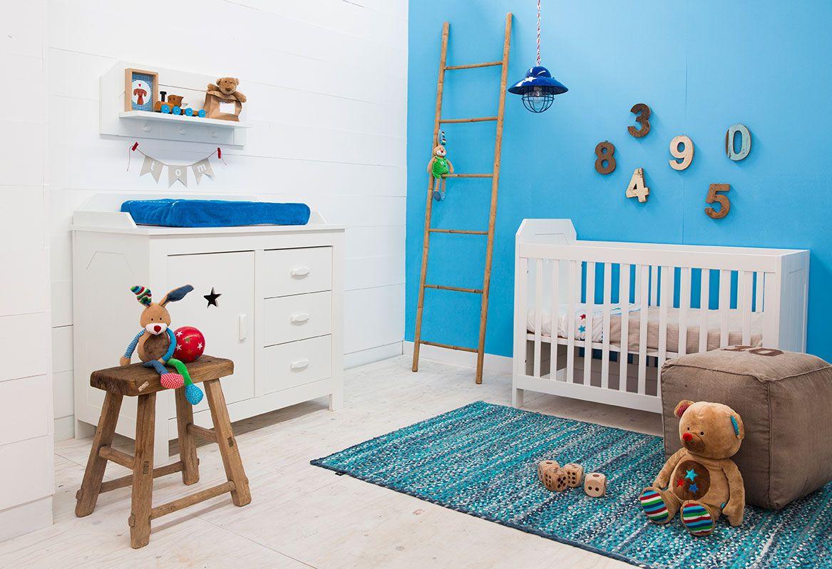 Kinderkamer Lief Lifestyle : Lief lifestyle babykamer jongens commode wandplank en ledikant
