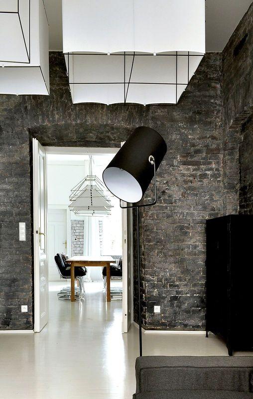 Mieszkanie Z Ceglanymi Scianami Kuchnia Styl Industrialny Aranzacja I Wystroj Wnetrz Design Home Decor Interior Design