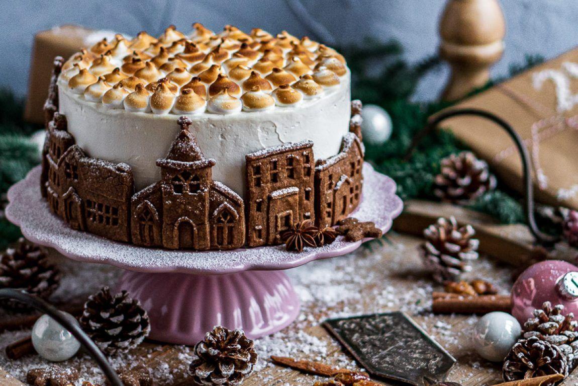 Weisse Weihnachten Himbeertorte Mit Gebrannten Mandeln In 2020 Kuchen Und Torten Rezepte Kuchen Und Torten Gebrannte Mandeln