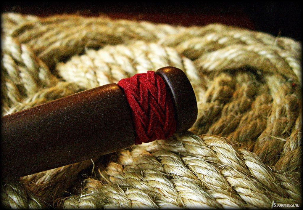 a wooden fid