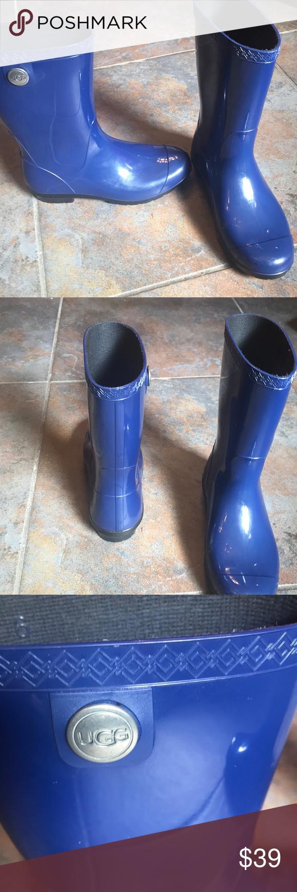 UGG Sienna Rain boots! Royal blue EUC