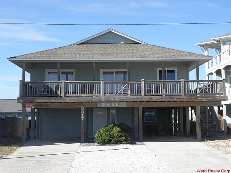 Beachnutz Oceanview 3 Bedroom House In Surf City Topsail Island City House Surf City House Styles