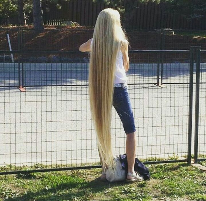 ankle length long blonde hair