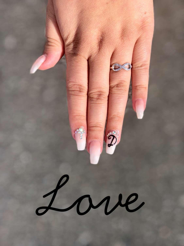 Boyfriend Initials On Nails Cute Acrylic Nails Rhinestone Nails Birthday Nails