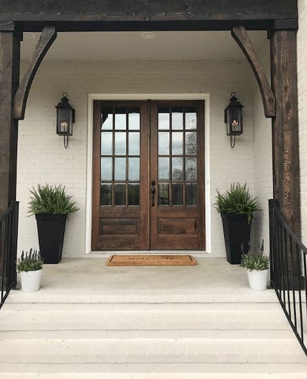 70 beautiful farmhouse front door design ideas and decor on gorgeous modern farmhouse entryway decorating ideas produce a right one id=63058