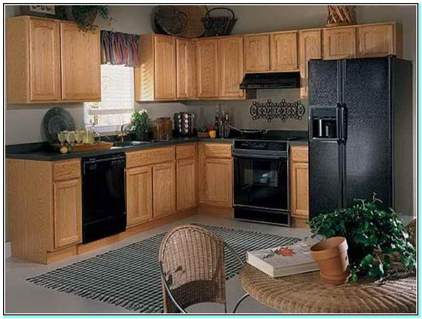 Kitchen Paint Colors With Oak Cabinets And Stainless Steel Appliances Torahenfamilia Com Black Appliances Kitchen Kitchen Colour Schemes Oak Cabinets