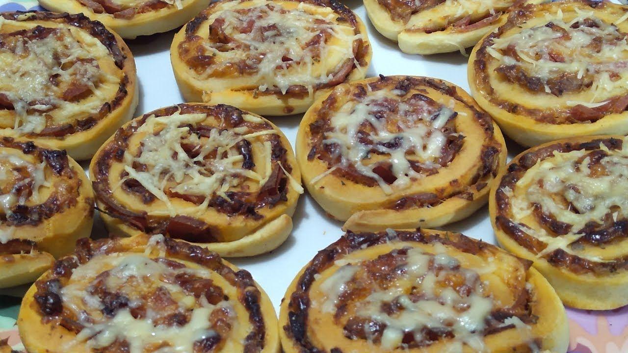 شهيوات رمضان أروع بيتزا رولي بحشوة لذيذة جدا وسهلة التحضير Pizza Roule Food Breakfast Desserts