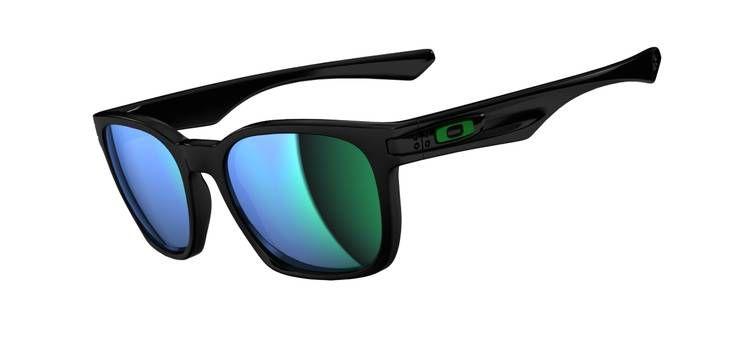 54856a126c gafas de sol Garage Rock polished black jade iridium  Oakley  Moda  lentes   EtnikoSurfShop