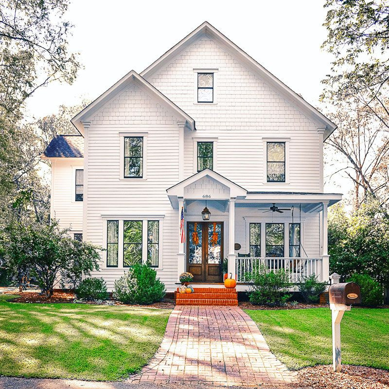 Inspiring homes farmhouse design the modern love simple of this white also and facades part farm country living rh in pinterest
