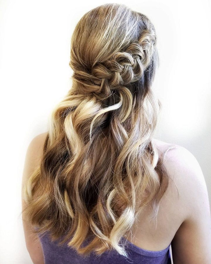 30 Beach Wedding Hairstyles Ideas Designs: Gorgeous Waves With Boho Braid Hairstyle Perfect For Beach