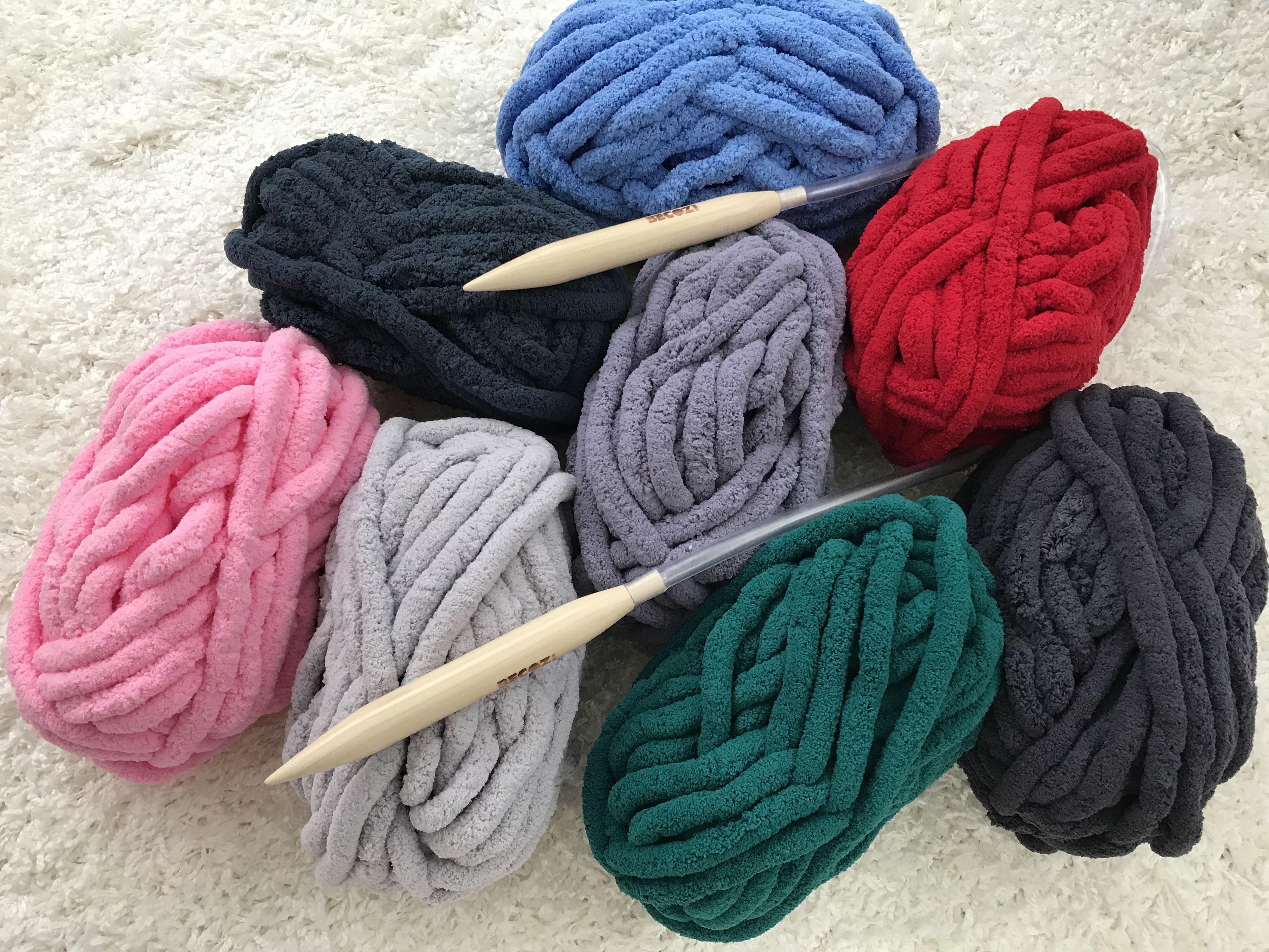 BeCozi chunky chenille yarn, 24 colors available! Arm