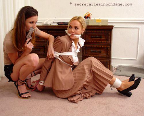 Mature lesbians video tube