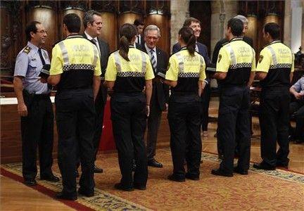 Barcelona investigará si los aspirantes a guardia urbano copiaron