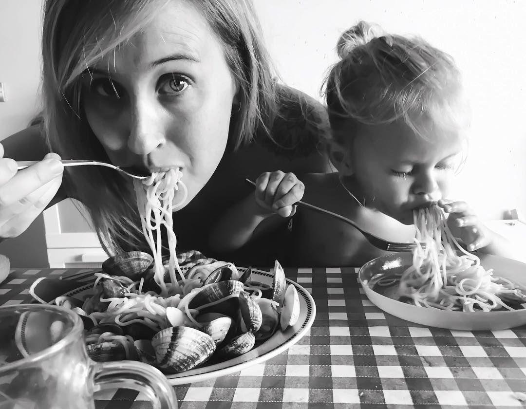 It takes a lady to raise a lady... Photo & spaghetti by @wolfaz (aka @hangoverkitchen)