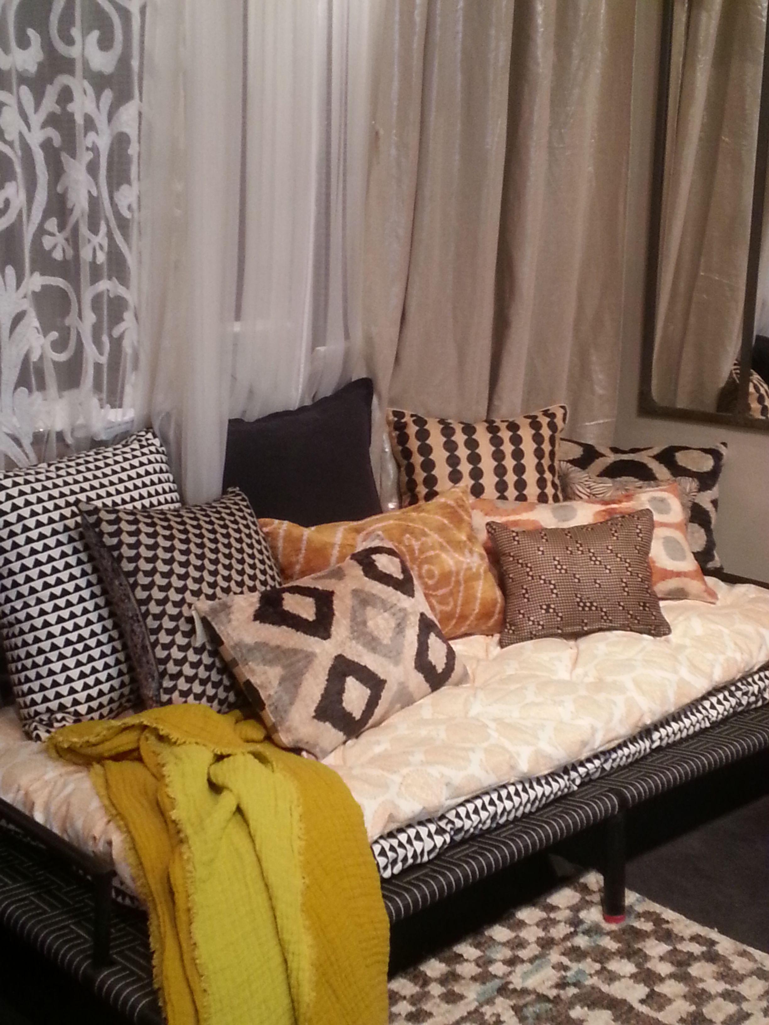 charpo et matelas imprim s le monde sauvage home pinterest monde sauvage matelas et sauvages. Black Bedroom Furniture Sets. Home Design Ideas