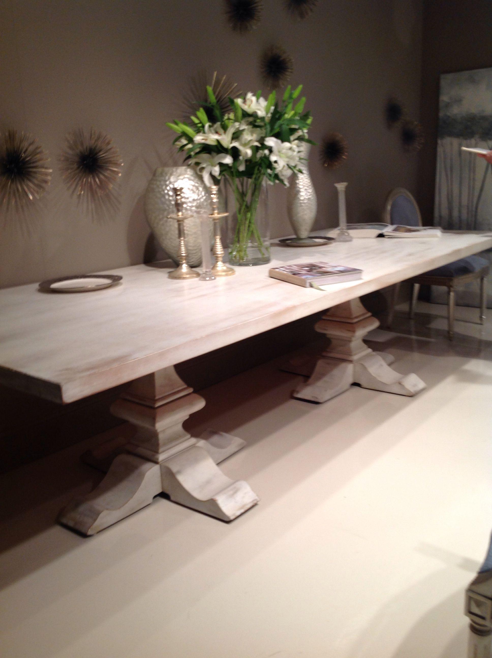 Mesa cool de madera blanca patinada | Mesas ratonas | Pinterest ...