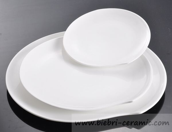Afbeelding van http://i01.i.aliimg.com/photo/v3/720431031/14_inch_elegant_pure_white_restaurant_and.jpg.