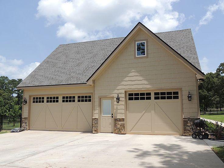 053G0030 2Car Garage Loft Plan with Craftsman Details