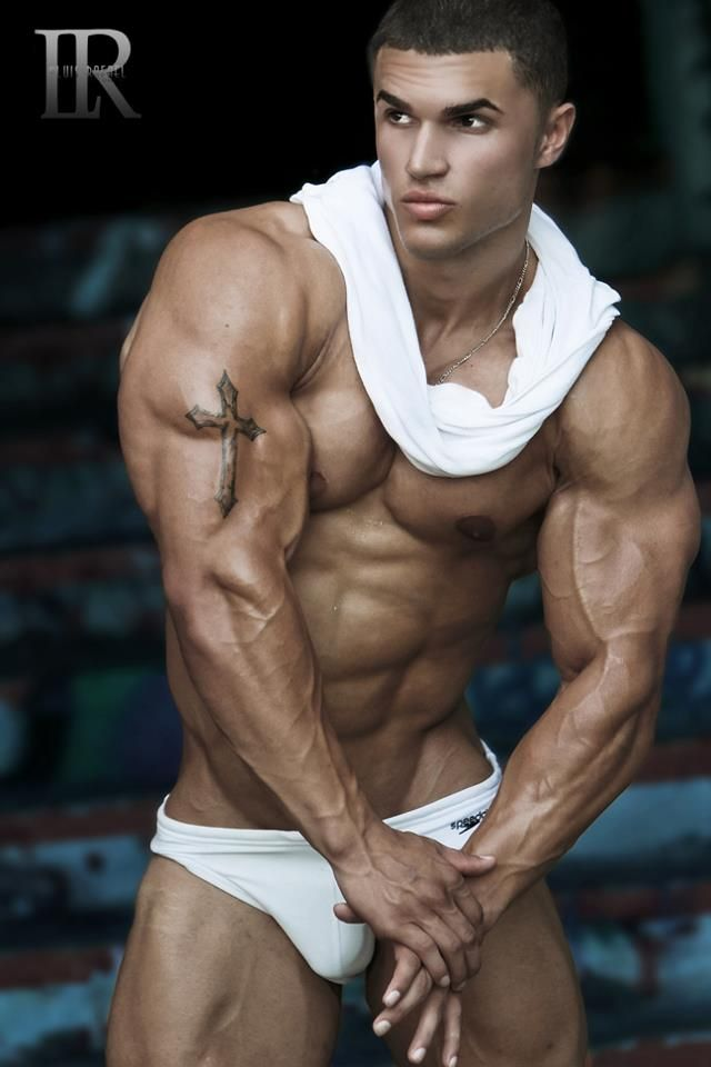 Musclegod in the ring
