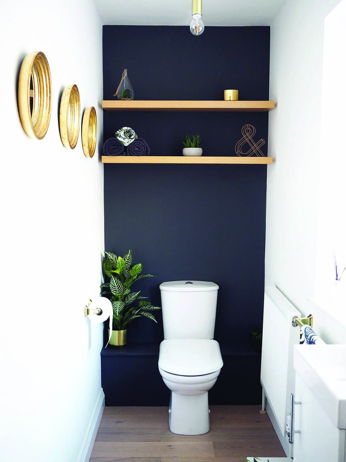 Graceful Burnt Orange Accent Wall Ideas That Look Beautiful Bathroom Decor Luxury Modern Powder Rooms Powder Room Small