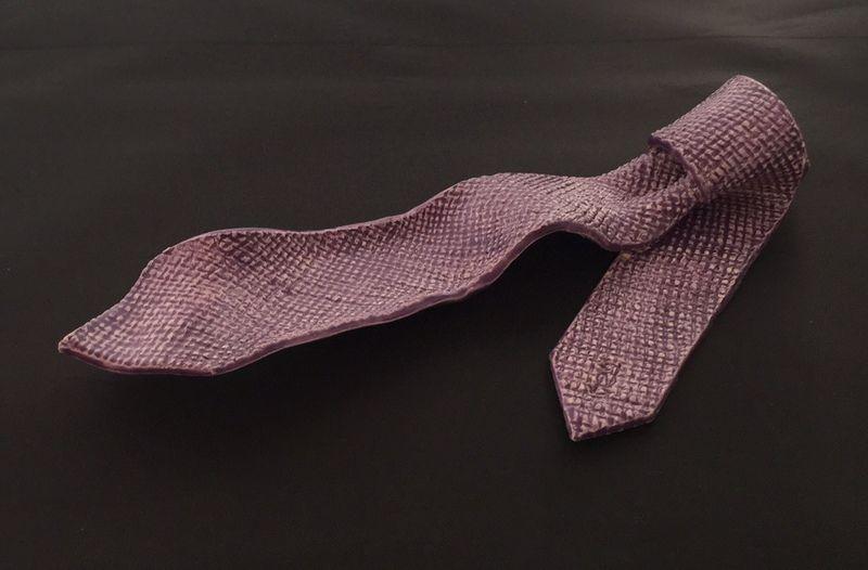 Krawattenschale, Krawatte, Accessoire Ablage von Pottery Cottage - Tonkunstobjekte voller Emotionen auf DaWanda.com