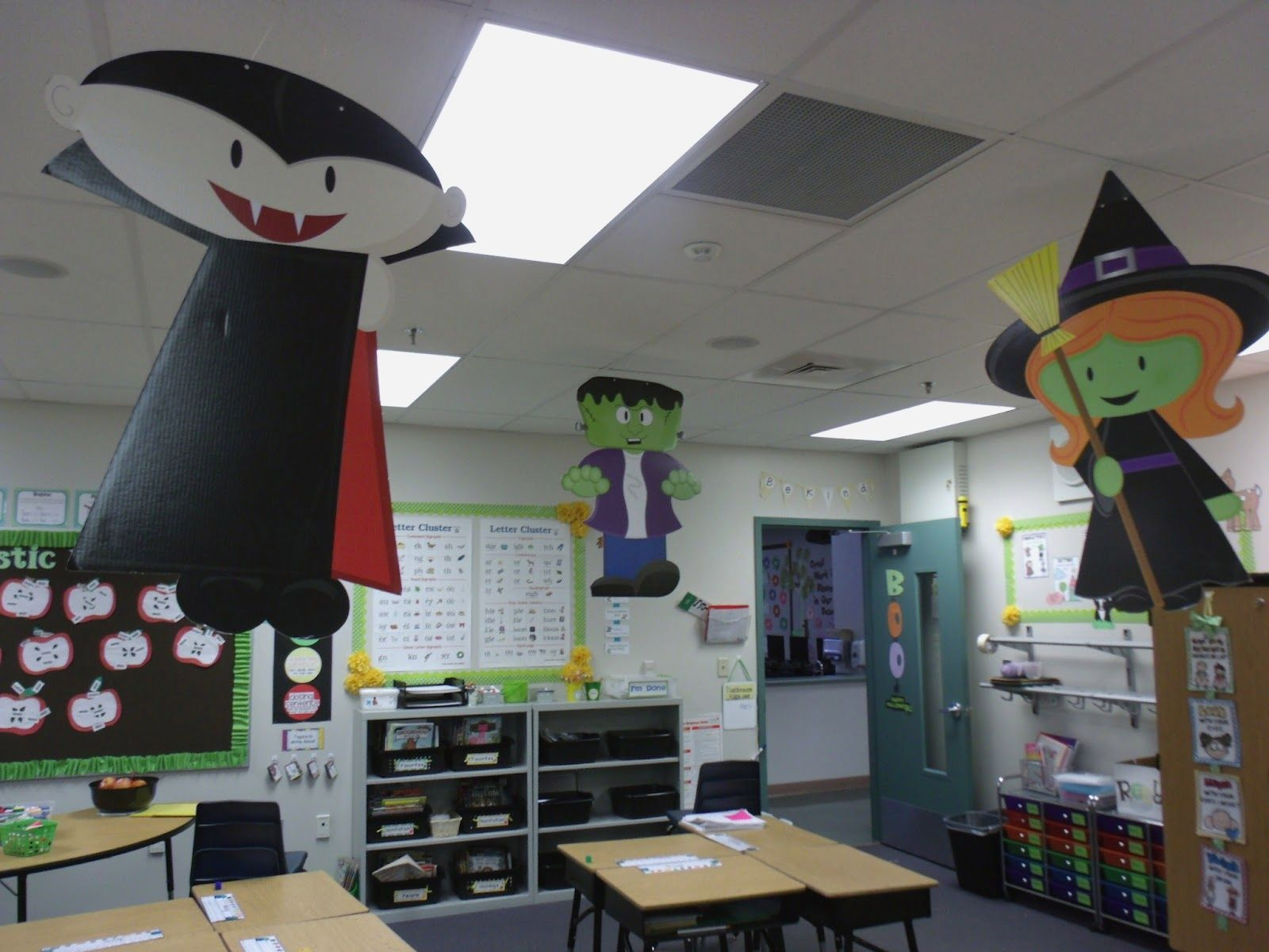 Halloween Classroom Decorations Unique Halloween On Pinterest